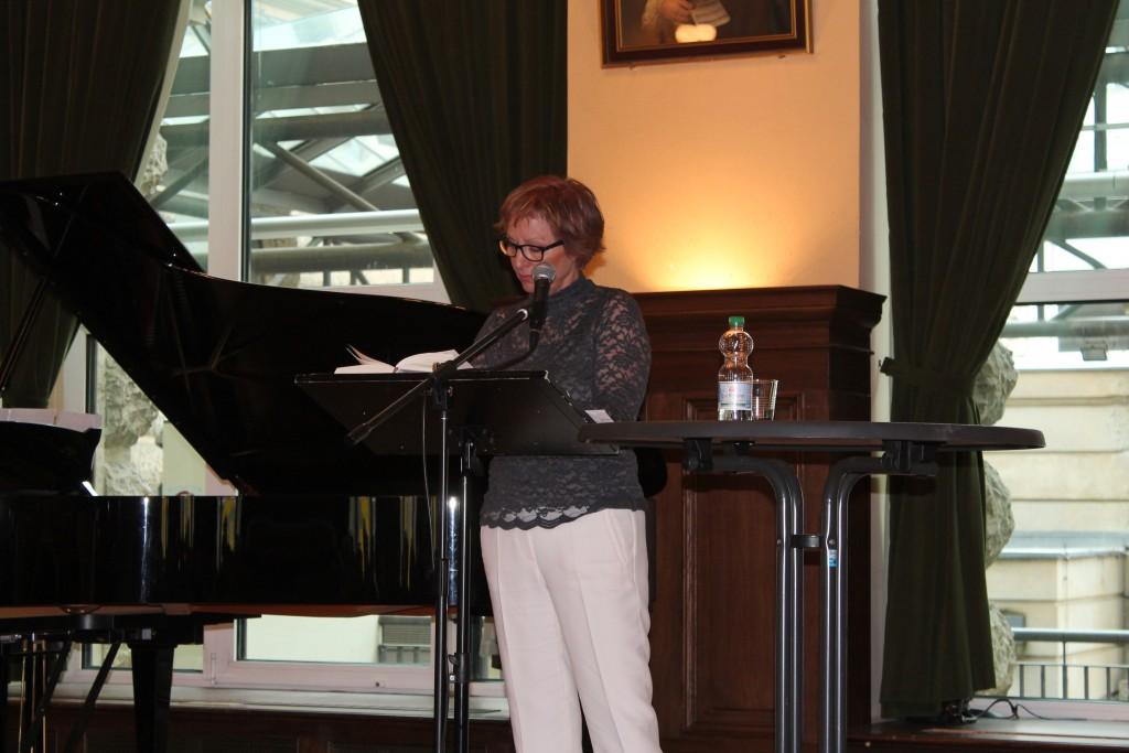 Claudia Schreiber liest aus »Solo für Clara« © Sonja Dietschi