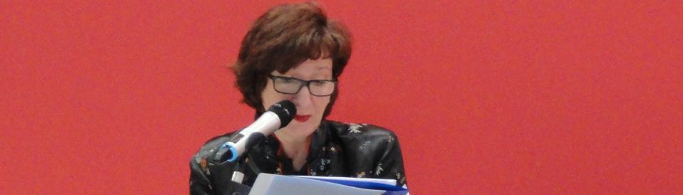 Ana Bilić stellt ihr Buch im Literaturcafé der Buchmesse vor. © Antonia Hingst