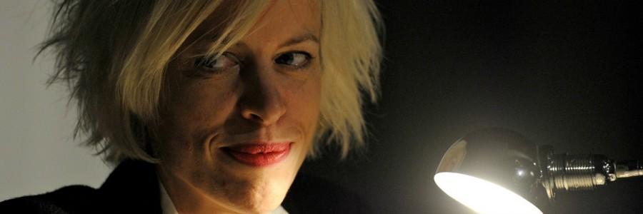 Die Journalistin und Autorin Katja Eichinger liest am Samstagabend aus ihrem Buch »Amerikanisches Solo« im Café bau bau. © Leipziger Messe/Uli Koch