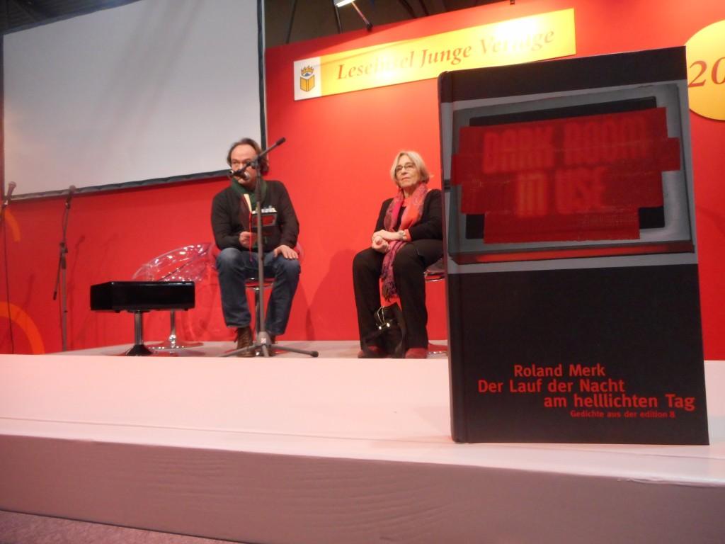 Roland Merk mit seiner Lektorin Verena Stettler. © Laura Winkelmann