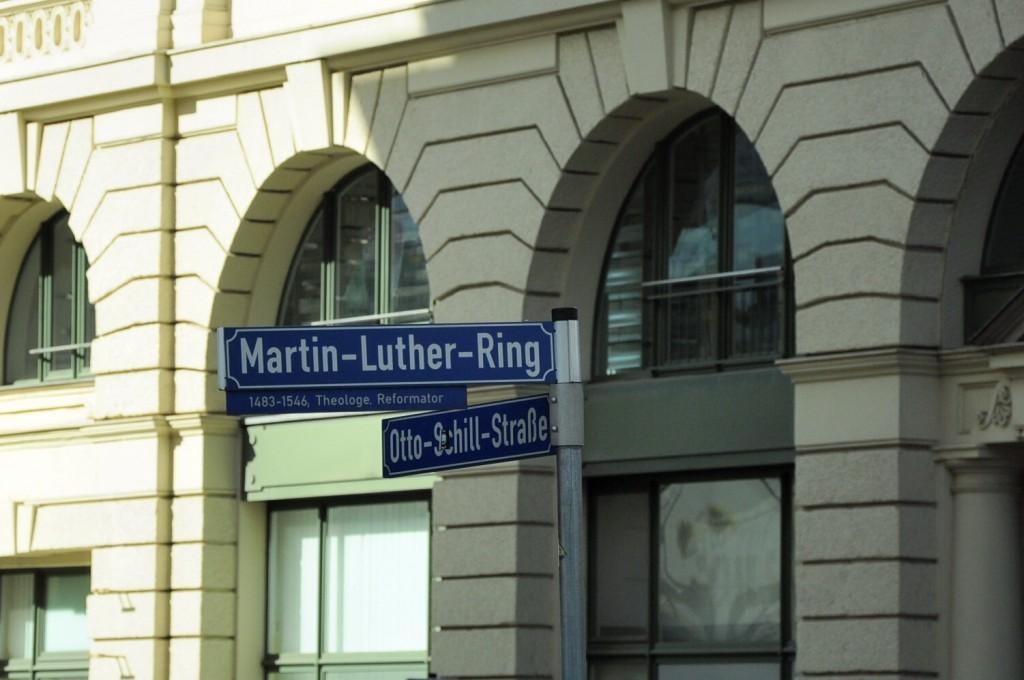 Straßenschild in der Leipziger Innenstadt. © Leoni Brach