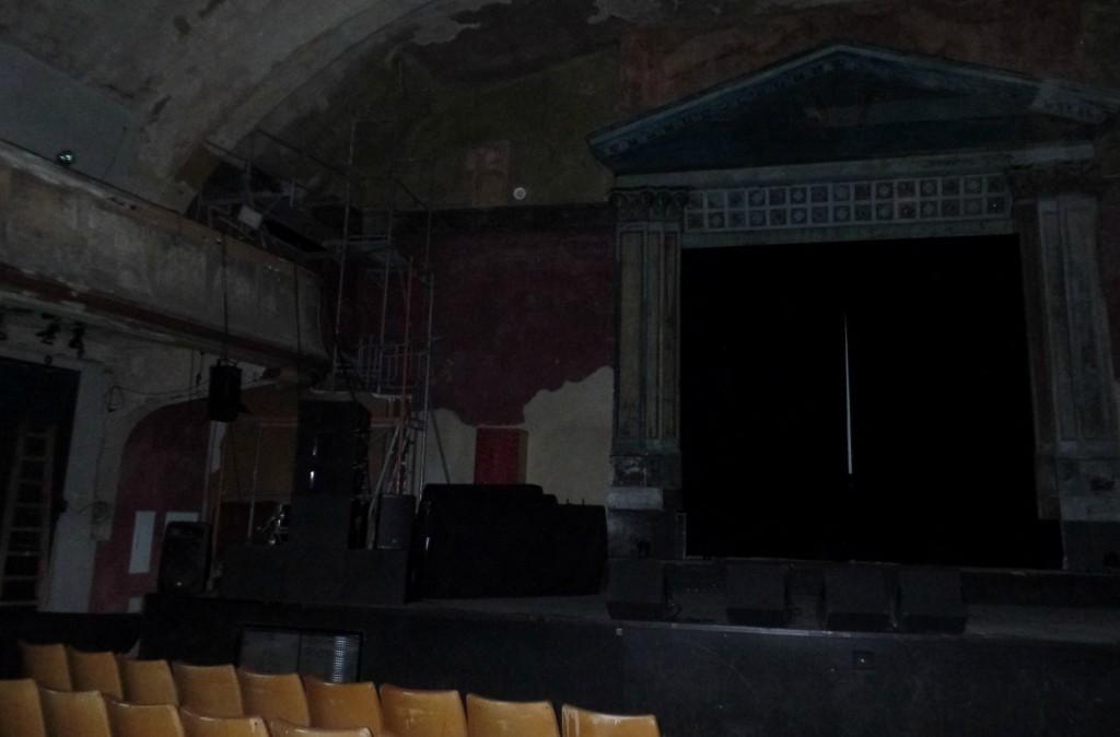 Blick vom Saal auf die Bühne. © Leipziger Buchwissenschaft